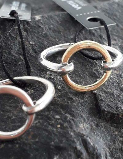 Simpe circle ring